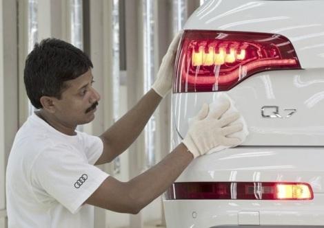 Start of Production of Audi Q7 in India | komarjohari