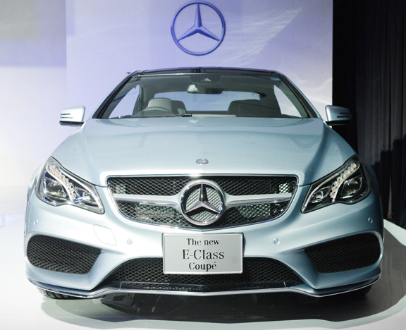 Mercedes benz thailand launches the new e class coupe and for Mercedes benz r class 2013
