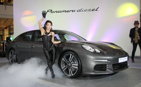 Aas Auto Service Introduces The New Porsche Panamera