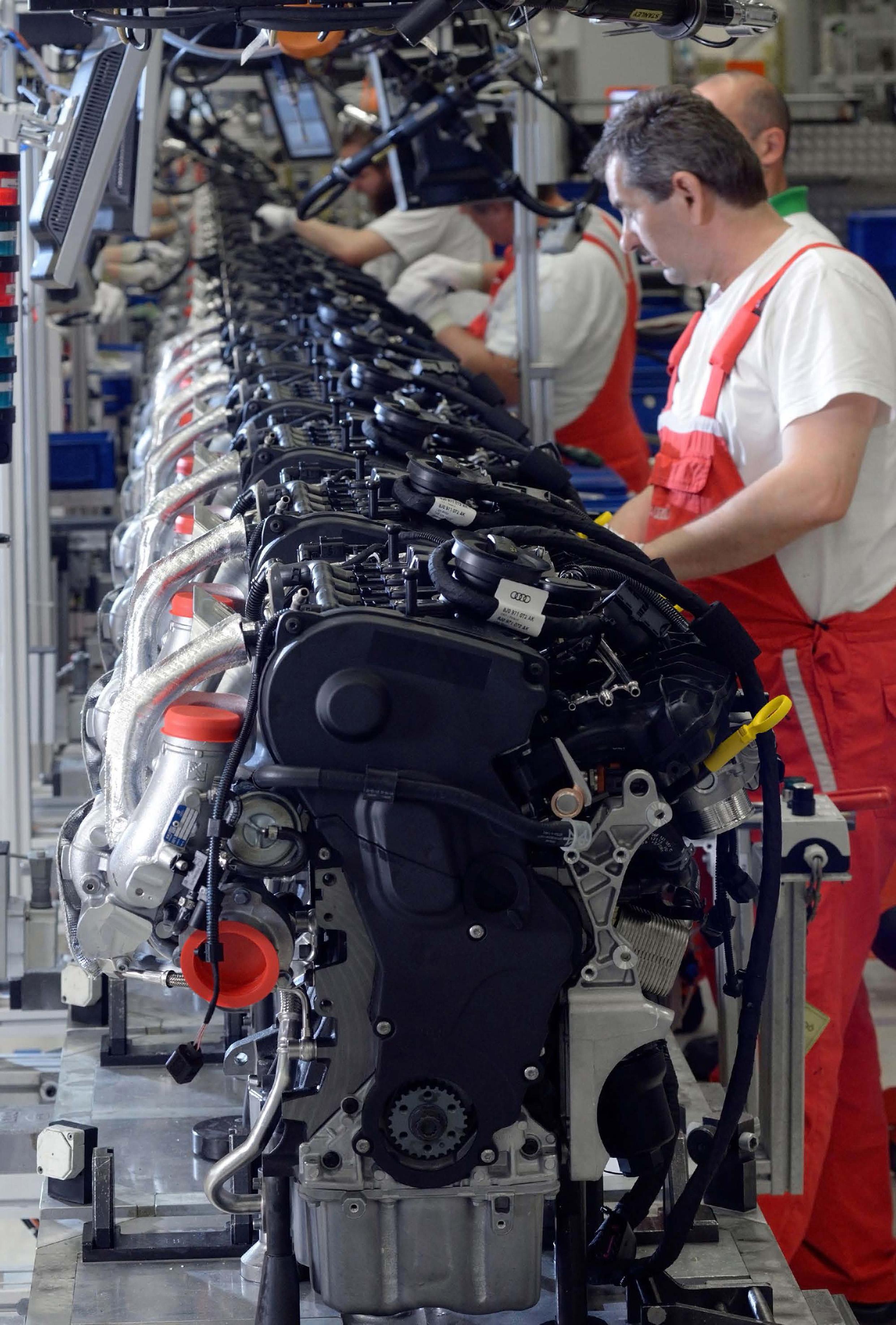 25 Million Engines At Audi Hungaria Komarjohari