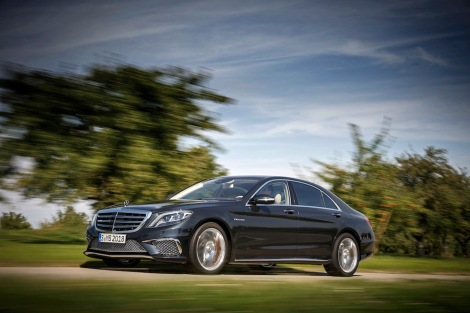 The new Mercedes-Benz S 65 AMG – Driving performance in its perfect form