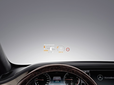 Mercedes-Benz S-Class with Head-up display