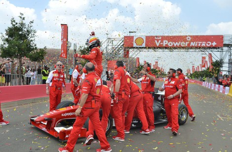 The-Ferrari-F60-and-Marc-Gené-star-in-South-Africa-a-1
