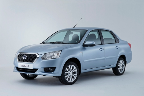 The Datsun on-DO is the brand's first offering in Russia. It is a four-door, five-seat roomy family sedan (L 4337 mm / W 1700 mm / H 1500 mm) with a class-leading trunk capacity of 530L.