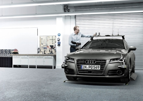 Audi ranks at the top in the current studies from the trendence and UNIVERSUM consulting institutes. According to these rankings, the carmaker remains the favourite employer for most university students in Germany, especially among prospective engineers. The graduates can look forward to excellent job prospects: AUDI AG will strengthen its fields of innovation this year with around 2,000 experts.