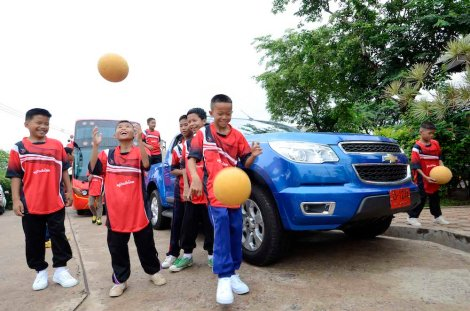 "Inspired by the ""Power of Play"" and Chevrolet's donation of nearly indestructible footballs helped a group of Thai children, half of whom are children who lost parental care, kick their way into a regional tournament."