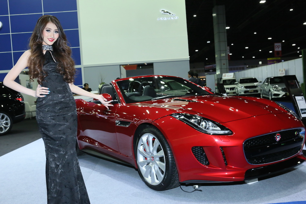 Jaguar Land Rover Showcases At The 5th Supercar And Import Car