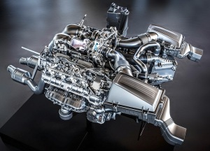 AMG 4.0-litre V8 biturbo engine (M178) Biturbocharging with 'hot inside V'