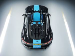 jag_f-type_team_sky_image_210714_03_LowRes