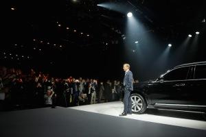 2015_Volvo-XC90_01