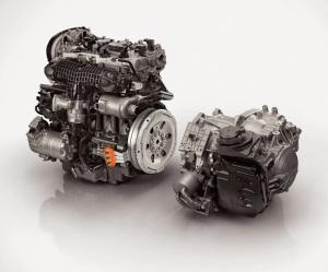 2015_Volvo-XC90_25