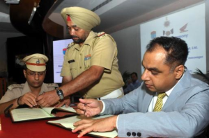 Honda signs MoU with Chandigarh Traffic Police for Road Safety Promotion_1