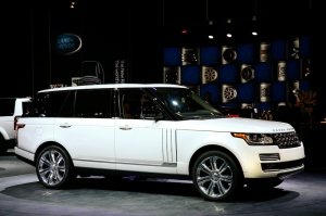 The Long Wheelbase Autobiography Black Range Rover To Be Built At Oxford Road