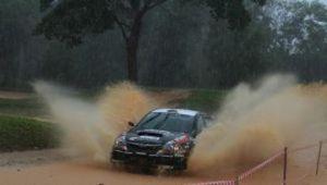 Sanjay Takale in the rain and mud HSPhoto