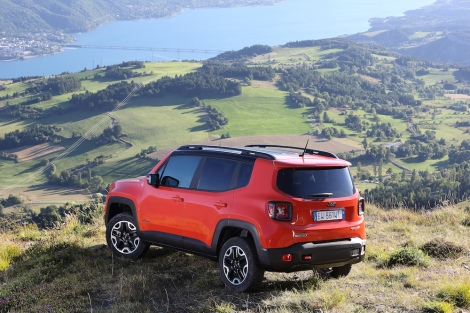 12_Renegade_Trailhawk