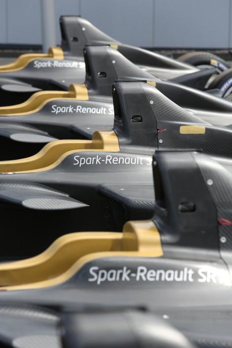 Renault_61507_global_en