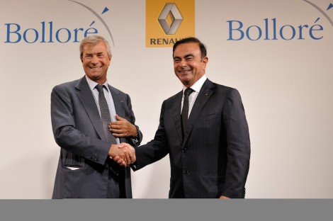 Carlos GHOSN and Vincent BOLLORE During the signature of the agreement between the two groups, Renault and Bolloré, on the electric vehicle.
