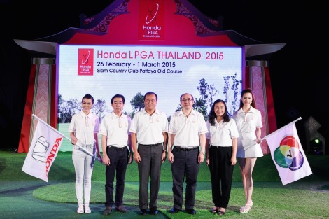 "Pitak Pruittisarikorn (3rd from left), Chief Operating Officer of Honda Automobile (Thailand) Co., Ltd., together with Palakorn Somsuwan (3rd from right), Managing Director of BBTV Channel 7, along with other Honda executives, Sompop Patipanthada (2nd from left), Marketing General Manager, and Oranuch Pruckwattananon (2nd from right), Manager for the Marketing Support Division of Honda Automobile (Thailand) Co., Ltd., at the announcement of the ""Honda LPGA THAILAND 2015"" women's professional golf tournament that will offer prize money of US$1.5 million, or THBaht46 million. This year, the tournament will feature the world's top 60 women golfers from the LPGA Priority List along with 10 exemptions.  Honda will also offer a new Honda HR-V, the premium sports crossover, as a special hole-in-one prize for the Par-3 16th hole. The tournament will take place from 26 February to 1 March, 2015, at the Old Course of the Siam Country Club in Pattaya, Chonburi."