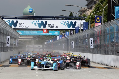 Spectacular fightbacks, fiercely­contested racing and a host of popular attractions combined to create a fantastic atmosphere at this Saturday's Putrajaya ePrix.