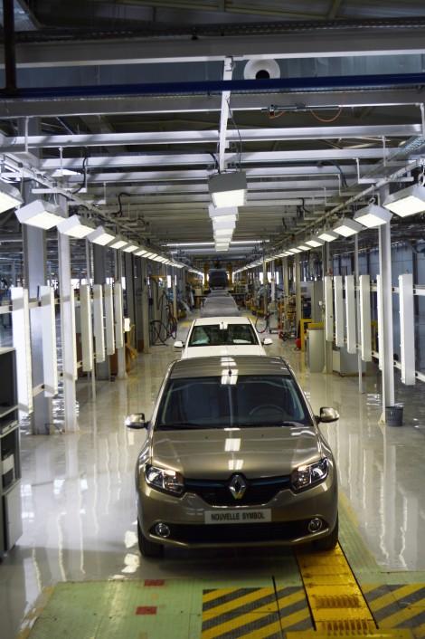 RenaultGroup_63234_global_en