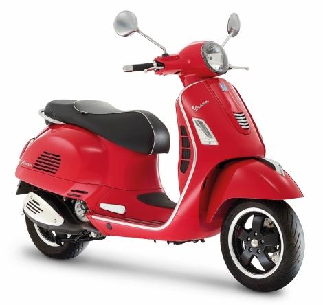 Vespa GTS Super rosso_Resize