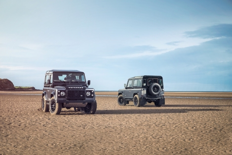 The Autobiography Limited Edition represents the ultimate vision of the Defender. It promises more performance, luxury and comfort than ever before thanks to its comprehensive equipment list, unique duo-tone paintwork, full Windsor leather upholstery and a power upgrade from 122PS to 150PS.