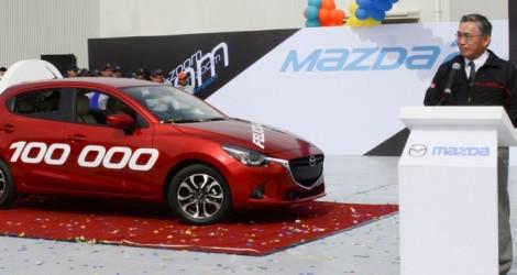Mazda-de-Mexico-Vehicle-Operation-100000th-vehicle-750x400