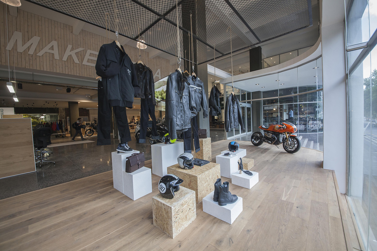 Bmw Motorrad Flagship Store Opens In Cape Town Komarjohari