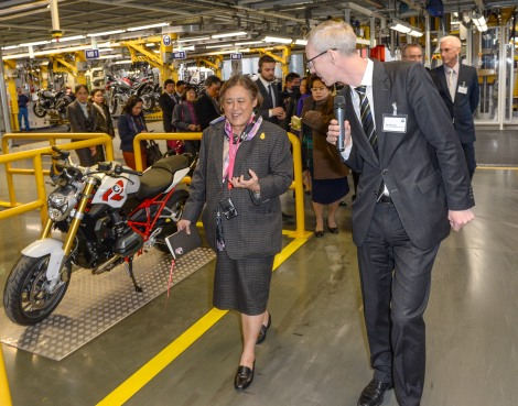 Princess Maha Chakri Sirindhorn of Thailand visits BMW Plant Berlin: Tour in the motorcycle assembly