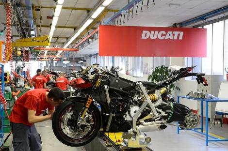2-Ducati_Motor_Holding_Borgo_Panigale_02