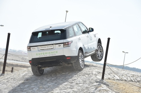 range_rover_sport_bahrain_international_circuit