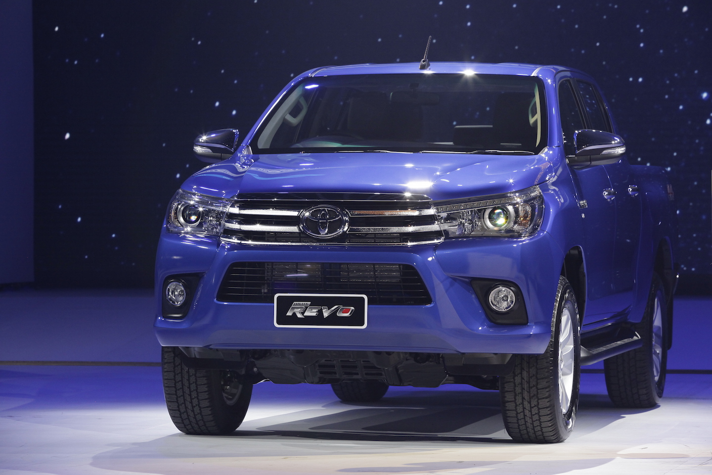 Hilux Rivo 2017 2018 Best Cars Reviews