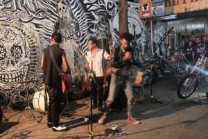 Musik Rockabilly merayakan seni rupa dan kustom  kulture